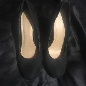 Lauren Conrad black heel shoes size 7 1/2